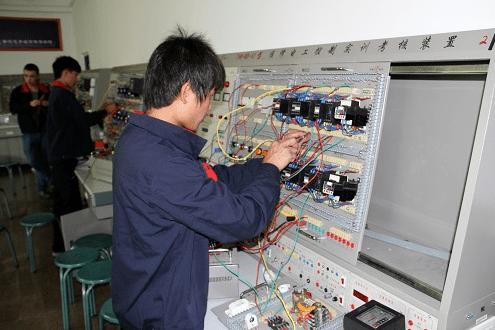 办个建设厅的建筑电工证